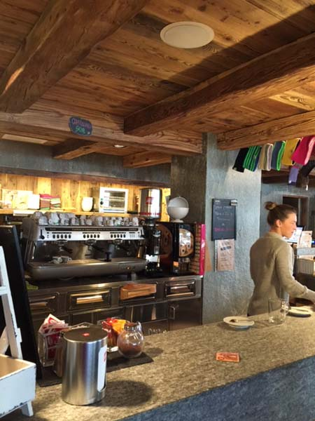Alagna morning coffee bar