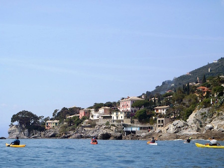 Kayaking in Genova Nervi