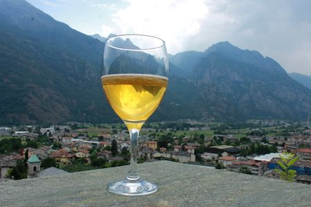 Beer and wine tasting in Northern Italy